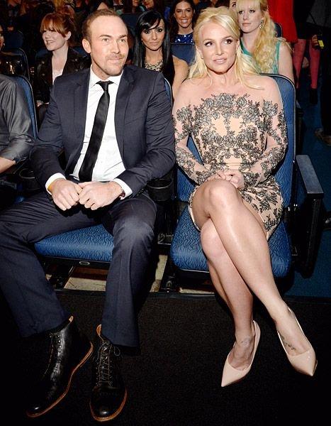 Best Boyfriend Award Trophy Awesome 80 Best Britney S Best Moments Images On Pinterest