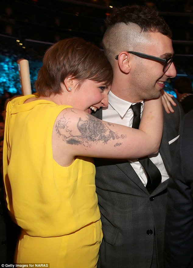 Boyfriend Of the Year Award New Grammy Awards 2013 Lena Dunham Hugs Boyfriend Jack