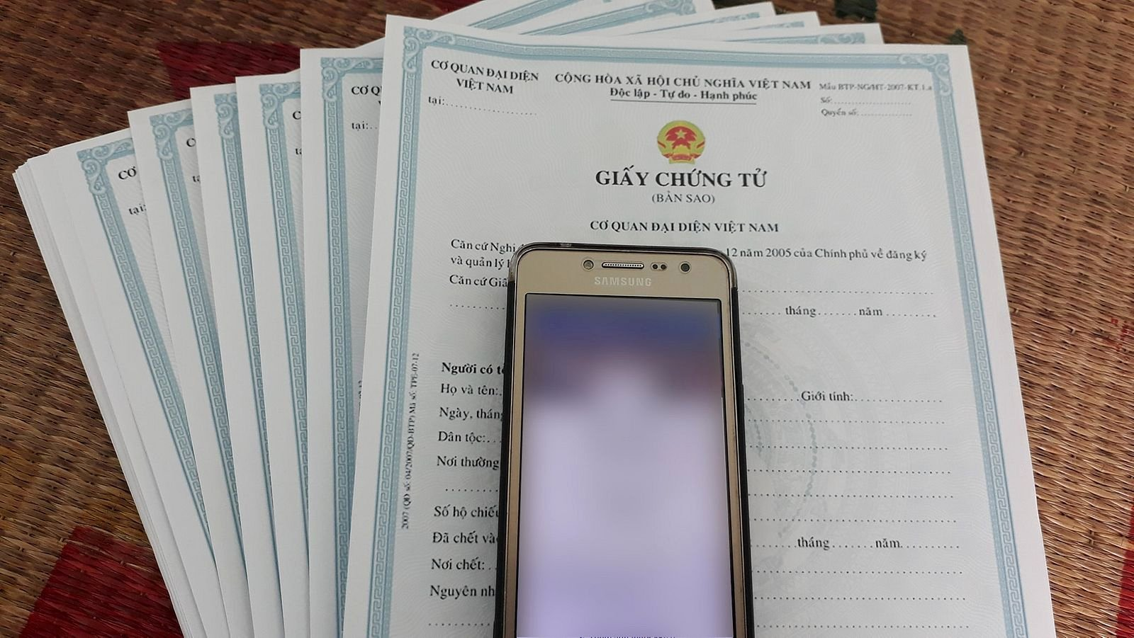 in vietnam fake certificates are weaponized to hack accounts