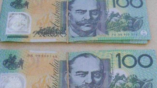 Fake Money Gram Numbers Awesome Fake $100 Notes Passed Around Sydney How to Spot Counterfeits