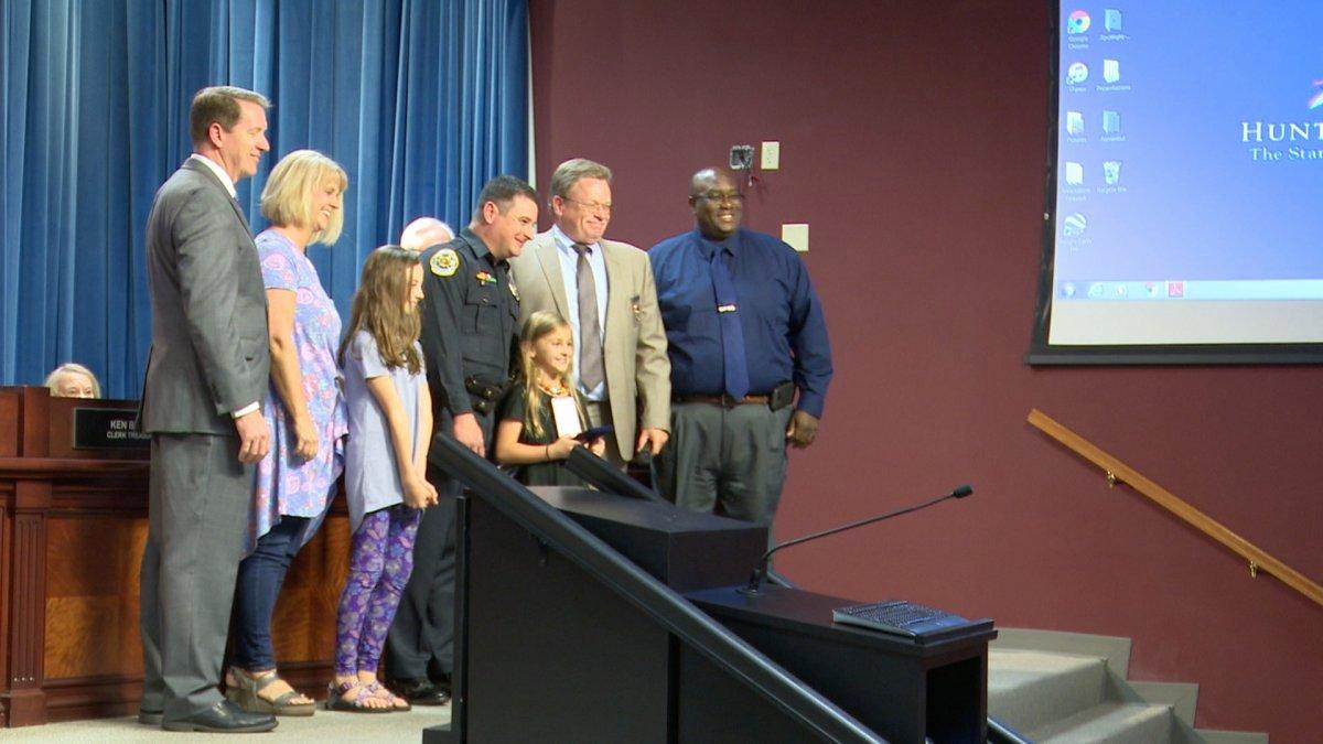 Life Saving Award Wording Inspirational Ficer Receives Life Saving Award for Actions Taken after