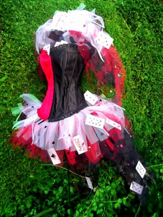 Queen Of Hearts Costume Pinterest Beautiful Queen Hearts Wonderland Cards Tutu Corset Set Red Black