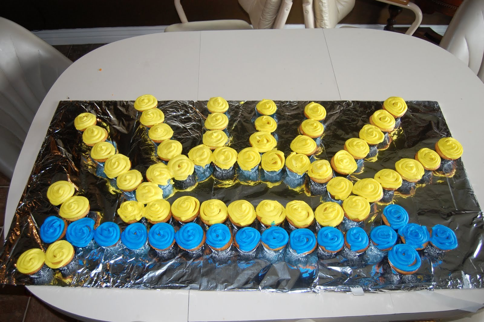Simple Arrow Of Light Ceremony Ideas Inspirational Pony Express District Cub Scouts Blue and Gold Table